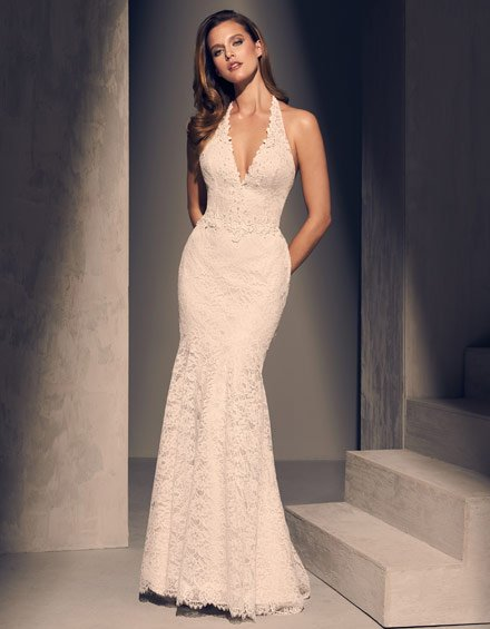 Buying A Wedding Gown For Your Body Shape: Hourglass Style 2205