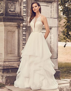 Buying A Wedding Gown For Your Body Shape: Hourglass Style 2241