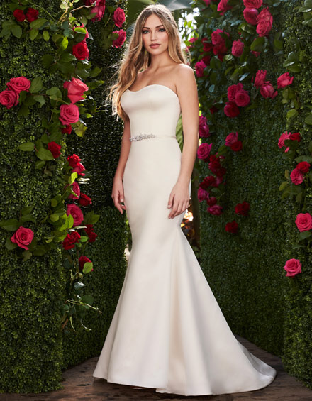 Buying A Wedding Gown For Your Body Shape: Hourglass Style 2267