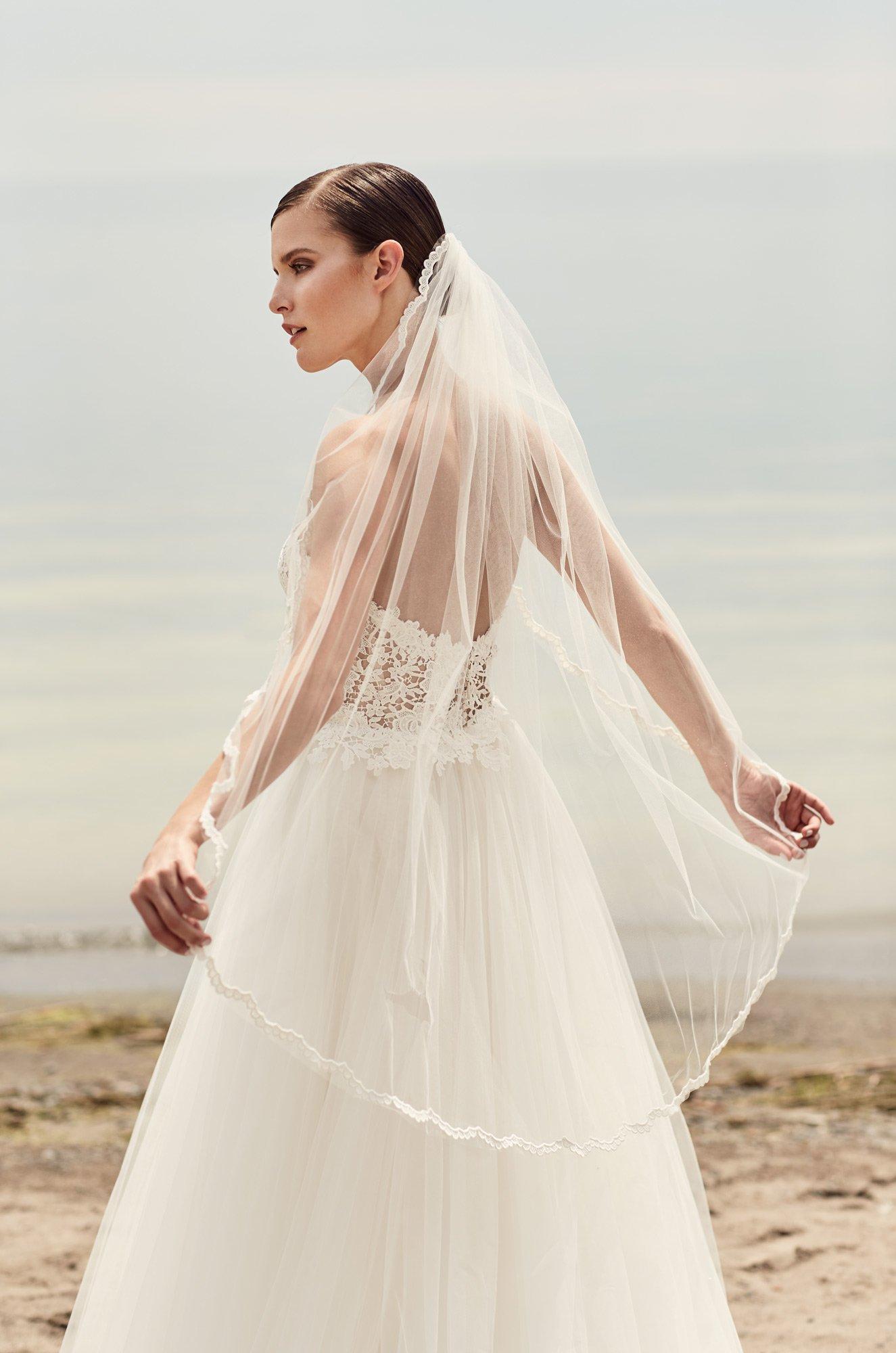 Guipure Lace Scallop Veil – Style #VM472F   Mikaella Bridal