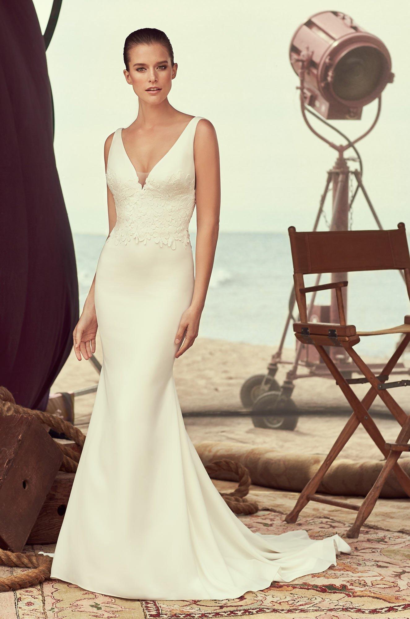 Sleeveless Crêpe Wedding Dress – Style #2184 | Mikaella Bridal