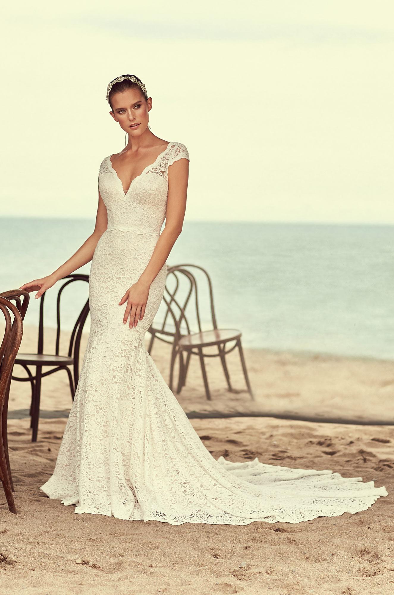 Scalloped Neckline Wedding Dress – Style #2189 | Mikaella Bridal