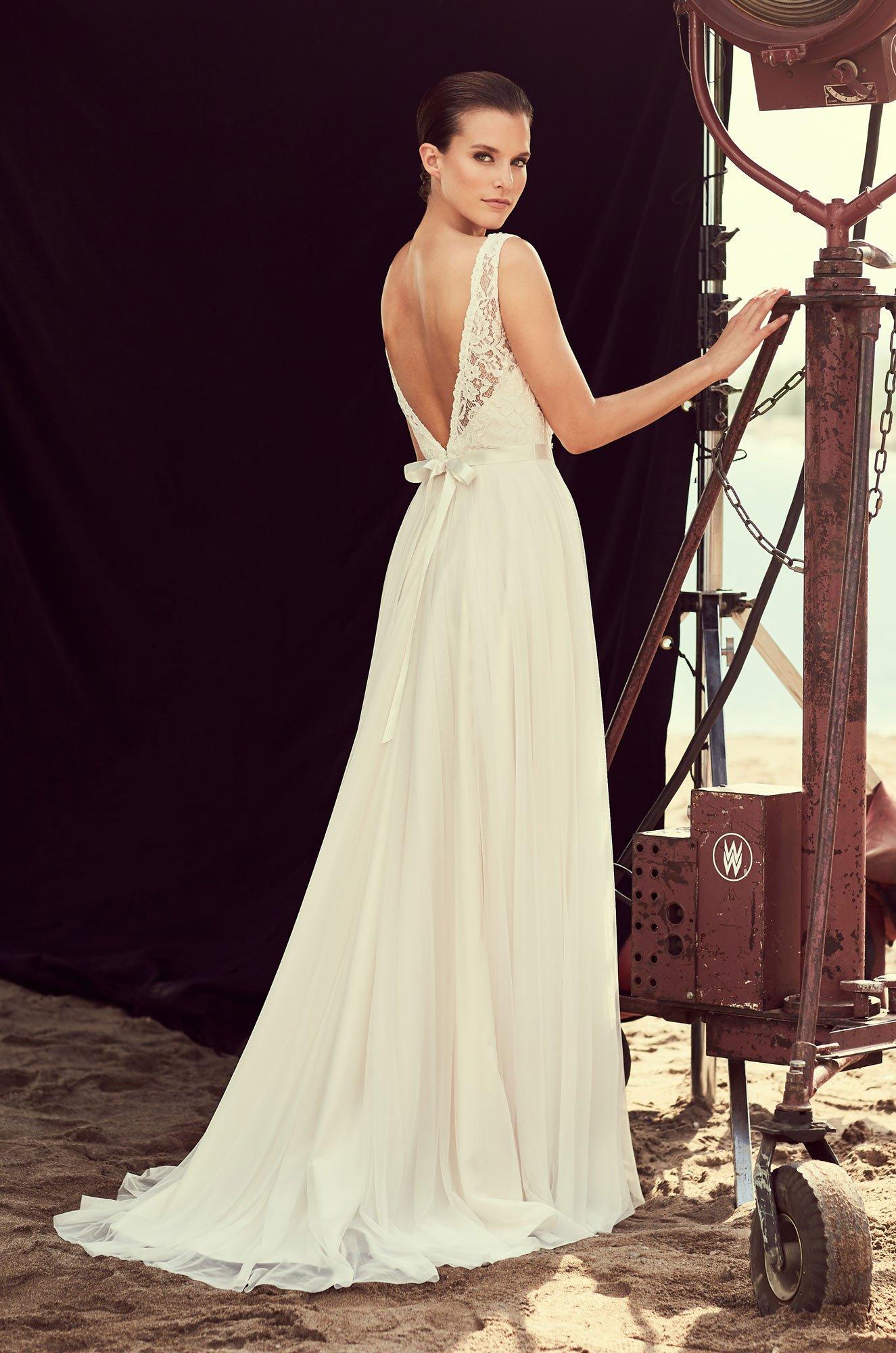 Scalloped Plunging Lace Wedding Dress – Style #2193 | Mikaella Bridal
