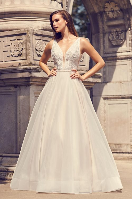 Organza Ball Gown Wedding Dress - Style #2232 | Mikaella Bridal