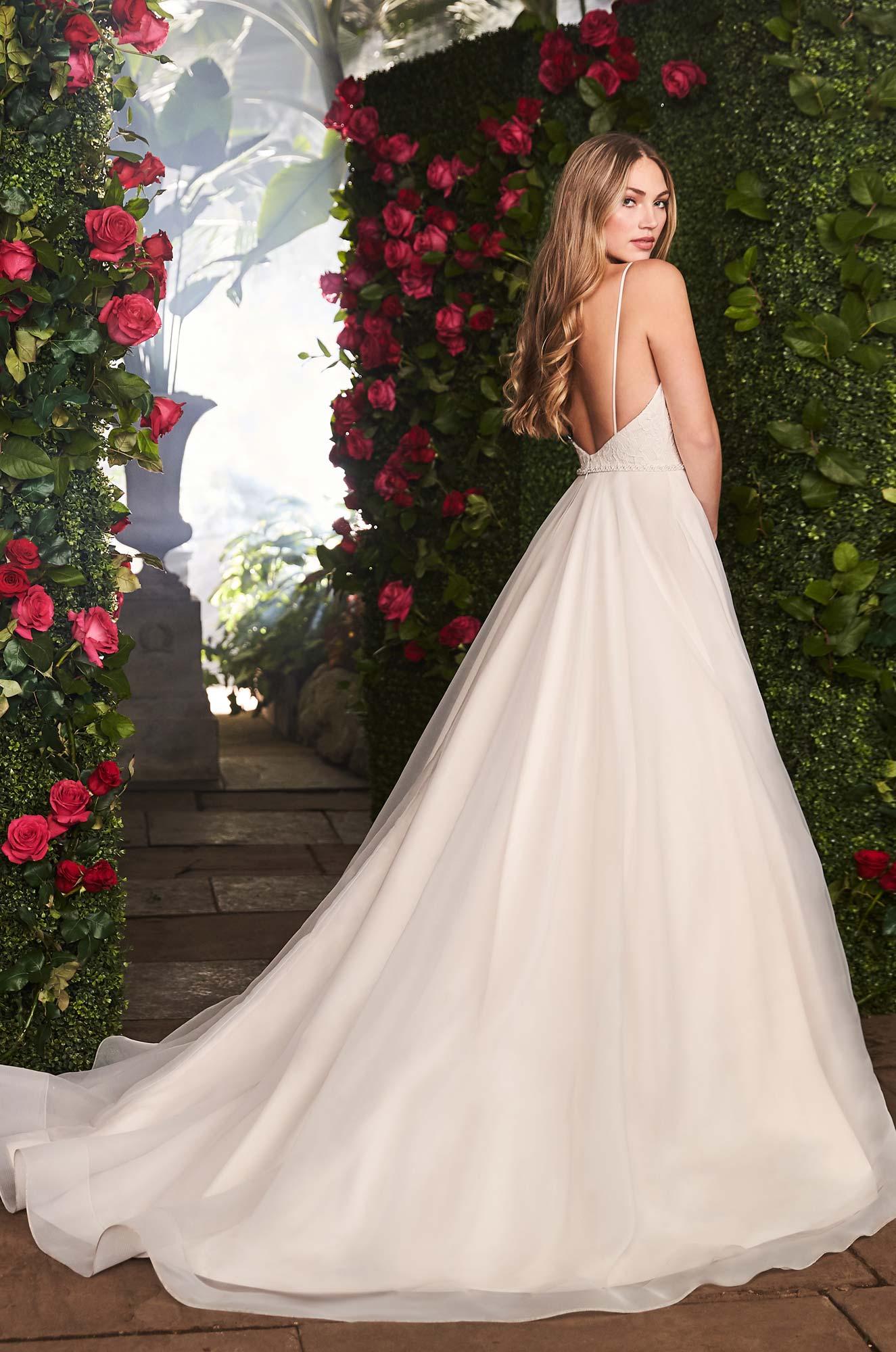 Scoop Neckline Wedding Dress - Style #2256 | Mikaella Bridal