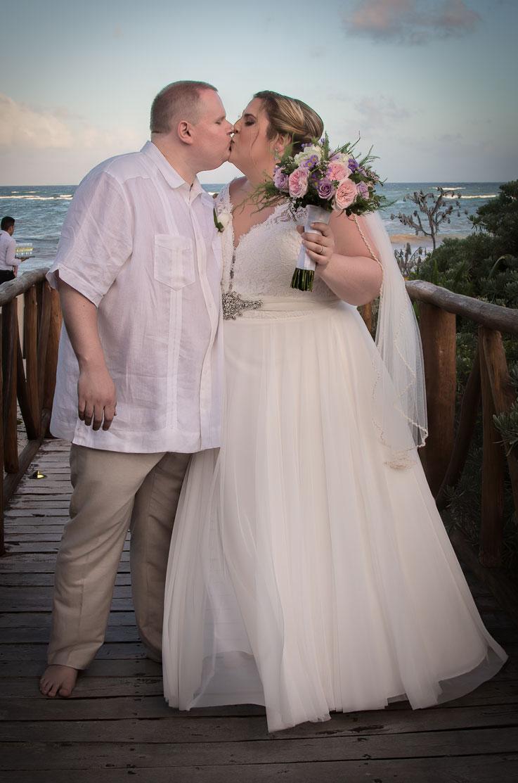 Who Designed Megan S Wedding Dress.Real Bride Riviera Maya Mexico Megan Chris Mikaella Bridal