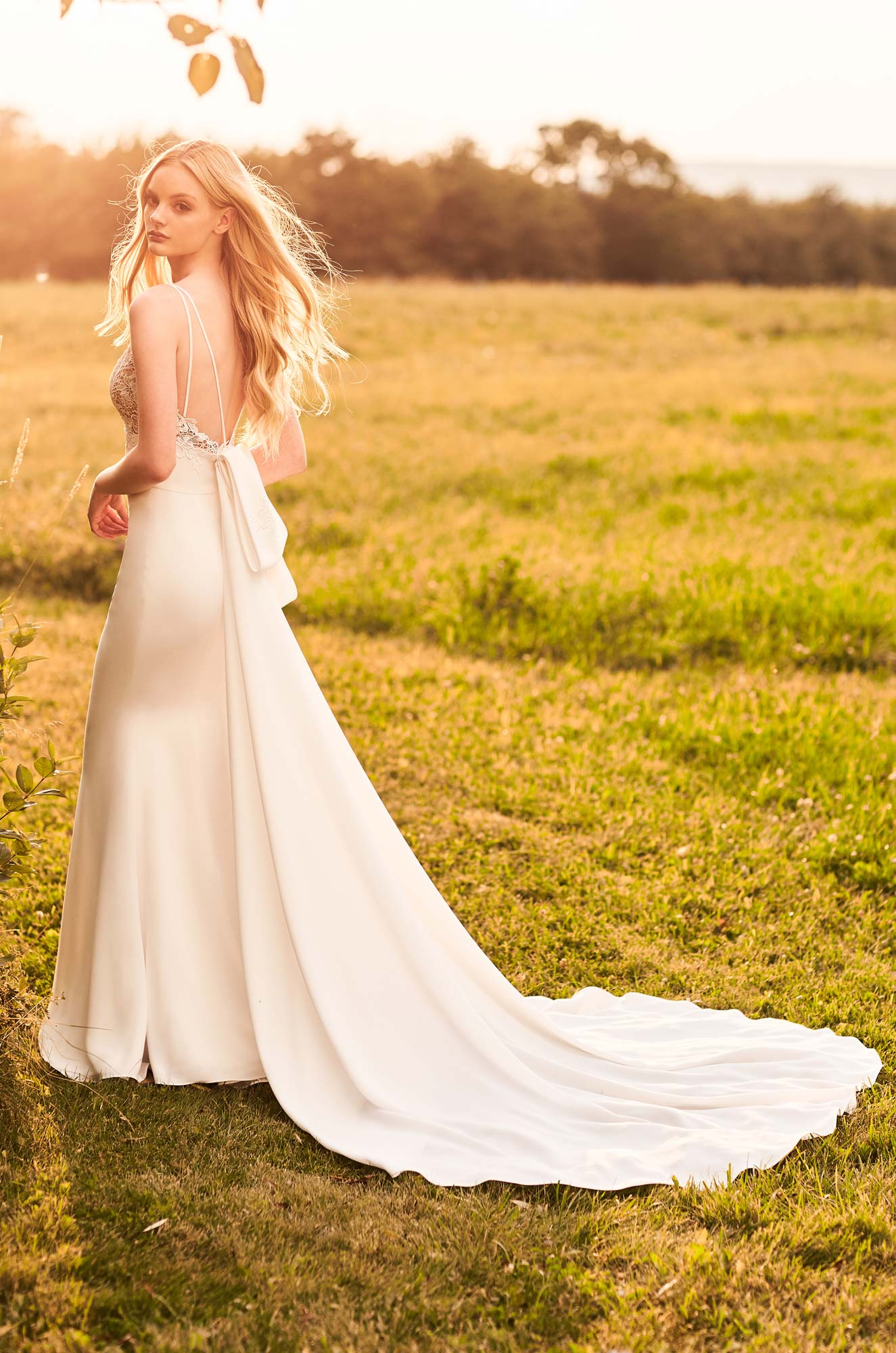 Versatile Detachable Train Wedding Dress – Style #2292 | Mikaella Bridal