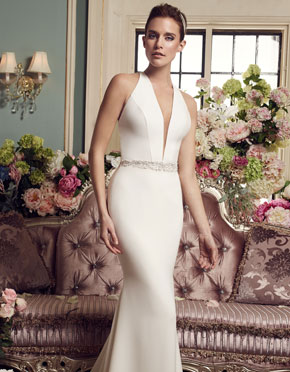 Mikaella What Do You Wear Under A Wedding Dress Plunging Neckline Style 2150